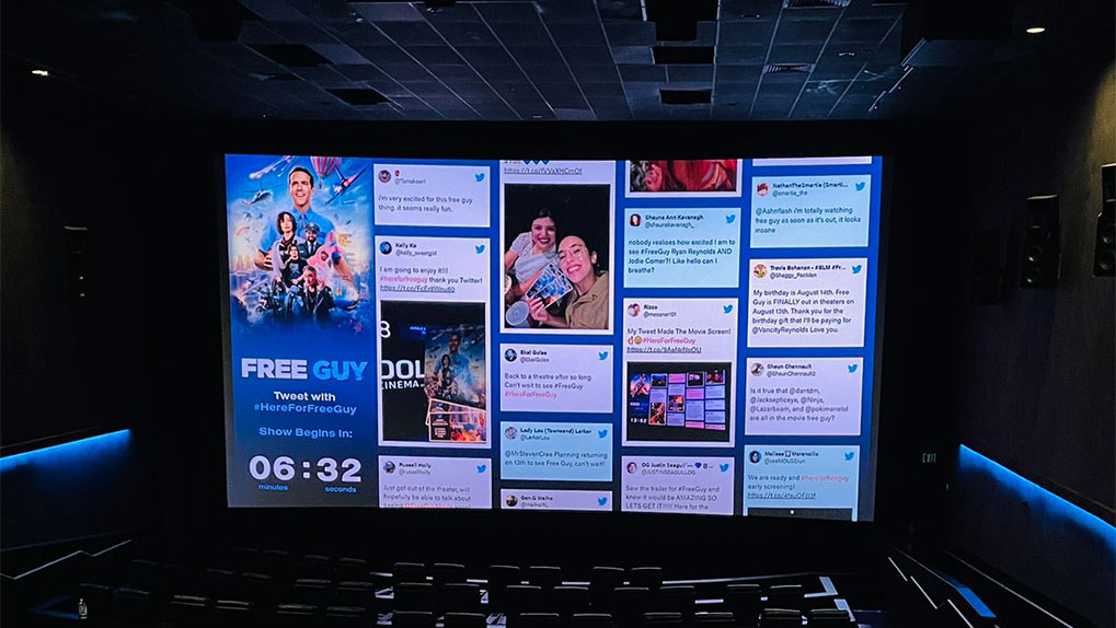Social Wall in Theater
